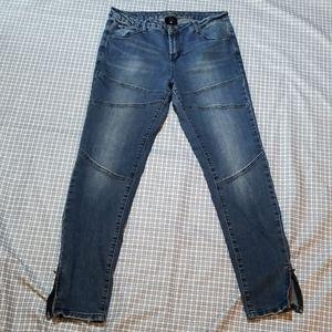 Versace V 1969 womens size 30 skinny jeans